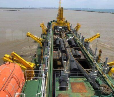Sector portuario de Barranquilla insatisfecho con obras de draga china