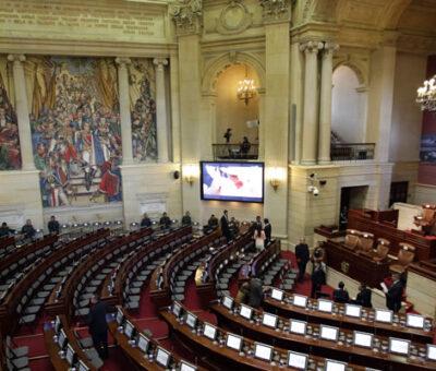 Uribismo brindará apoyo a la Reforma Tributaria