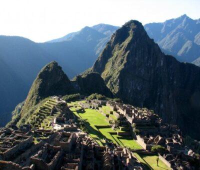 Por protestas cierran Machu Pichu